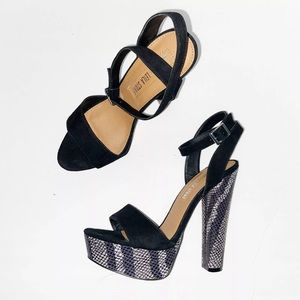 Leila Stone Black Snakeskin Print Platform Heels